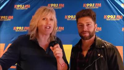 Nancy Wilson from K99.1FM interviews Chris Lane