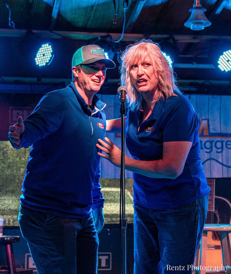 Check out your photos with Ian Munsick at  W.O. Wrights on Tuesday, September 21st, 2021.