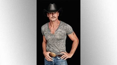 """Tim McGraw honors wife Faith Hill's birthday with """"Breathe"""" video"""